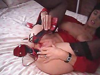 MILF Masturbation whit shoes