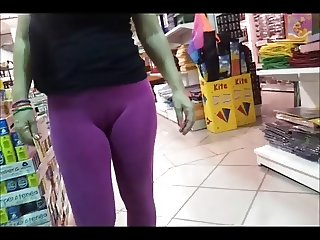 Public Ass - Amazing Butt in pink leggins