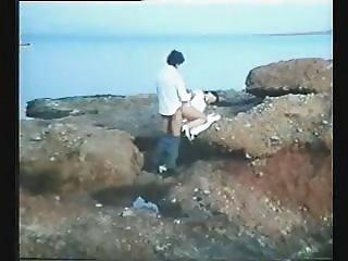 Greek Porn \'70s-\'80s( I Kyria ke o Moytchos) 3