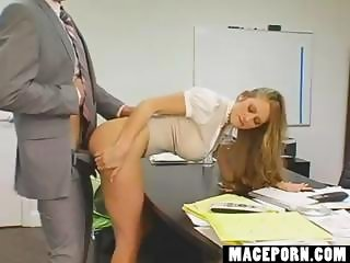 Secretary wants a rise she\'ll fuck boss