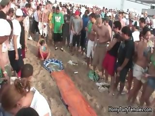 Horny hotties on bikini going crazy part6