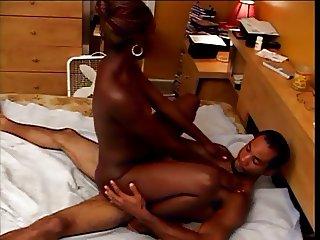 Ebony slut had her tight cunt banged