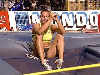 Yelena Isinbayeva Oops