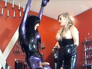 Mistress use this sissy stooge