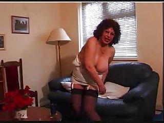 Erotic Granny R20