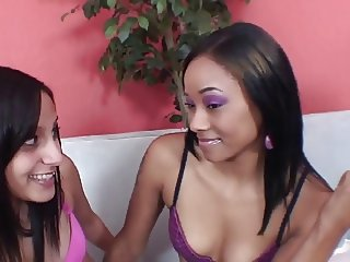 Pretty thin white lesbian slut loves to fuck gorgeous black girl with sex toy