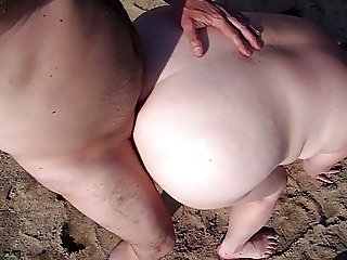 mmmm outdoor sex is the best