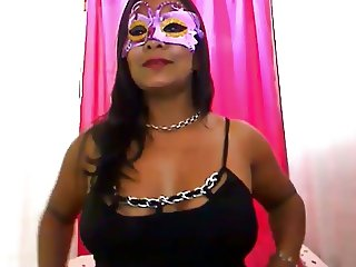 Latina MILF Spreads Butt, Fingers Pussy, and Cums On Cam