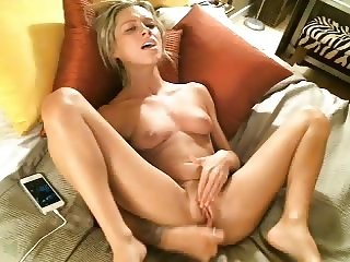 Crazy Chloe Masturbating On Webcam #02