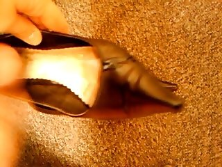 Cumming in secratary's high heel shoes IV