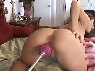 Jordana James Loves Her Fucking Machine