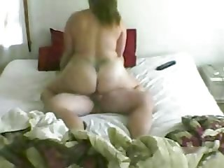 Big ass housewife riding to orgasm