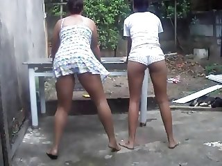 Gostosa dancando