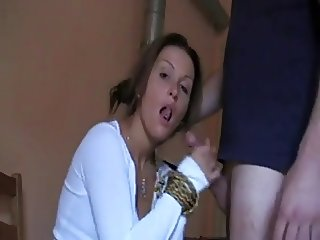 Brunette Babe Sucks And Swallows !