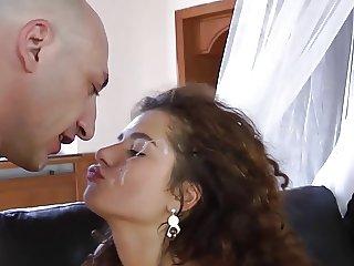 Brunette gets a nice facial cumshot