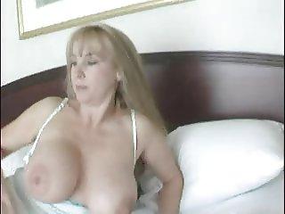 futai in hotel 1