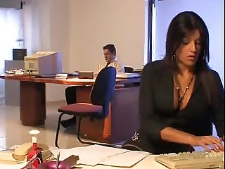 Blowjob from the new Secretary