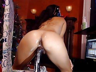 Webcam - Hot latina riding dildo that squirts