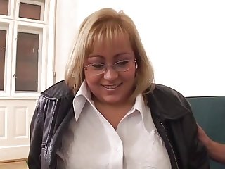 Blonde BBW-Milf with Glasses fucked by Young Guy