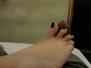 Footjob before cum !