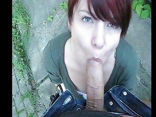 German Nerdgirl blow Outdoor
