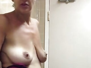 Mature getting the routinary facefuck