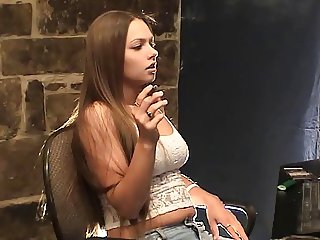 TLS Lynn Smoking Fetish
