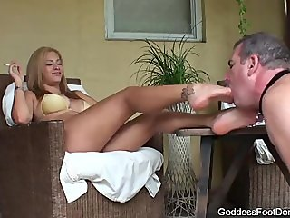 Goddess Jamie Jobless Husband foot worship