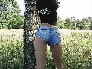 Asian teen girl hardcore fucking outdoor