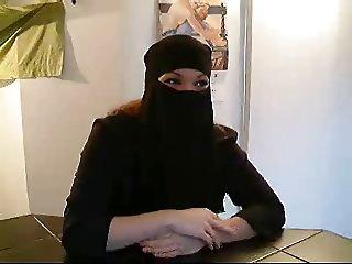 Djamila Beurette Fuck & Swallow Cum