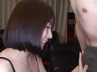 Japanese woman swallows 3