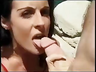 Azlea Antistia using her mouth, hands, its and feet