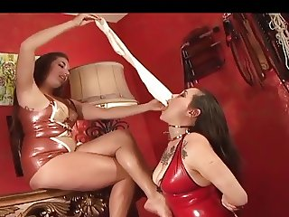 the most hot lesbian foot slave !