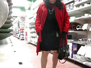 crossdresser shopping