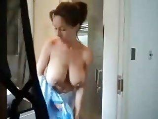 Mums Hot Shower !