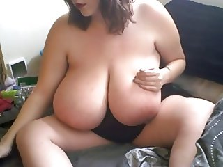 Huge Tittied Plumper With Thick Pussy