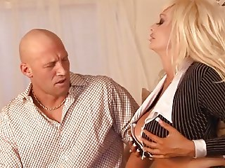 Hot Busty Cougar Brittany O'Neil Banging