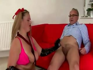 Old guy fucks schoolgirl