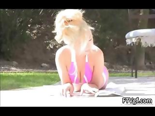 Hot blond babe Jayde is sunbathing part1