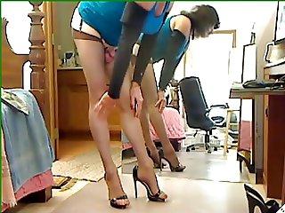 Shemale stockings & high heels