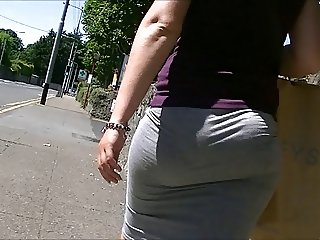 Bubble butt in tight skirt