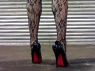 Black shoes p4