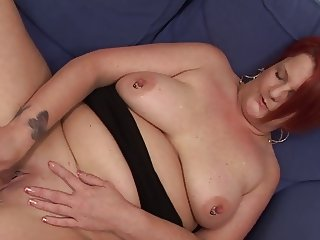 Chubby Mature Masturbates using the Banana