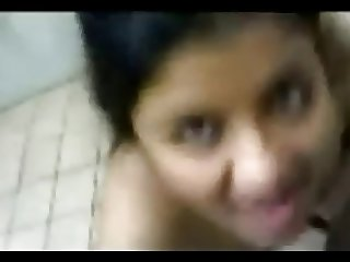 Cute Malayalee (Mallu) girlfriend blowjob