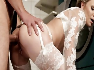 Fucking the bride ...