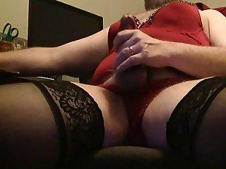 Amateur CD bear in nylon lingerie shoots his cum