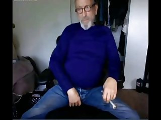 Horny verbal daddy grandpa gets high and naked cam