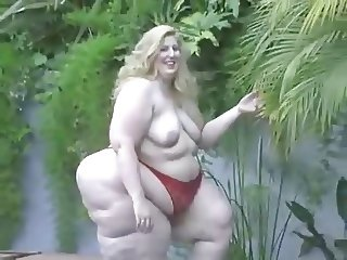 Big wide and sexy