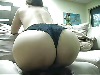 Mistress Teases & Wants Her Ass Worshipped