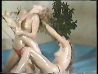 80s Oil Wrestling 1